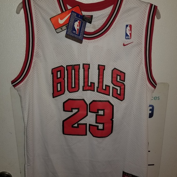 newest af553 05352 New Nike Authentic Michael Jordan Bulls Jersey